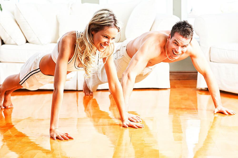 Fitnesstraining daheim – der Kampf gegen den inneren Schweinehund